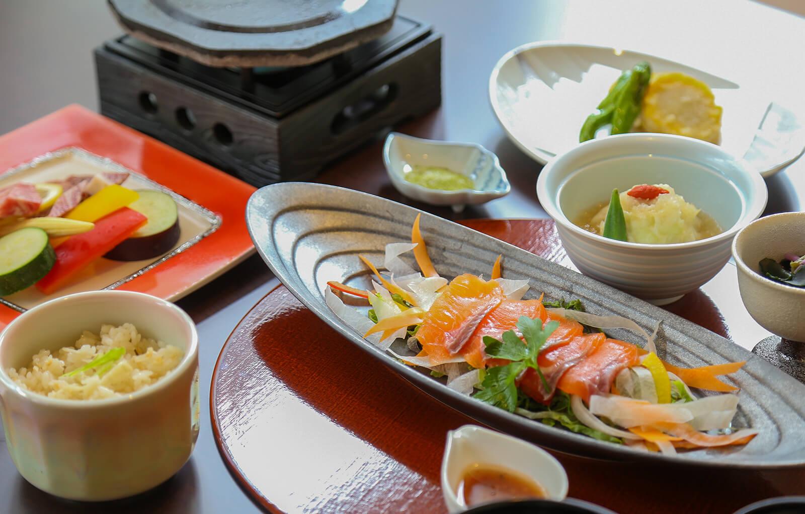 郷土料理(お子様用)|お料理紹介